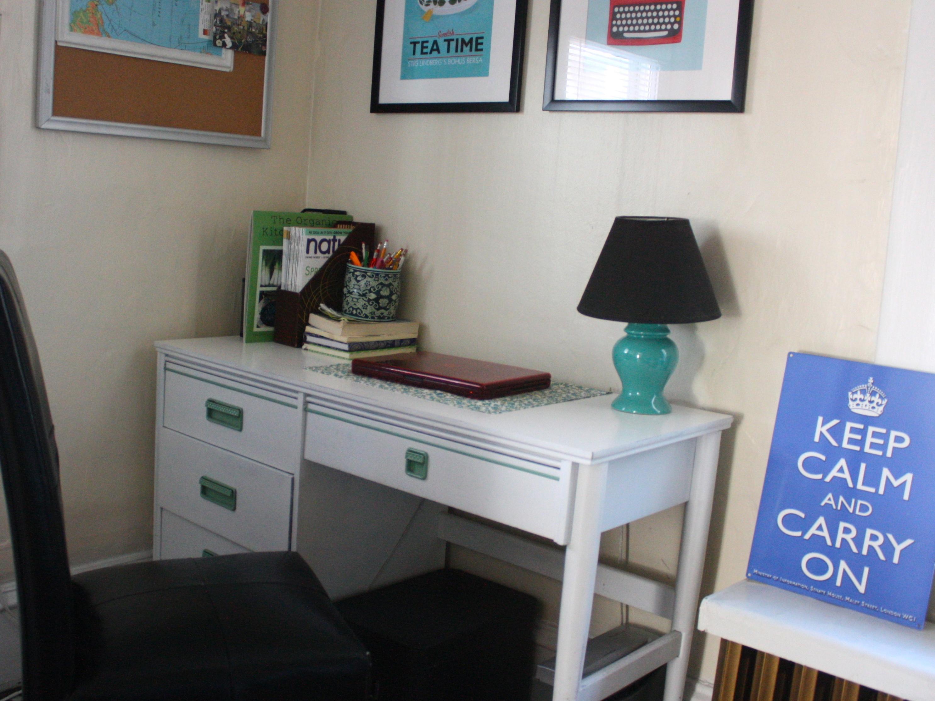 the modern desks you find at furniture stores today often dont offer the same craftsmanship as vintage pieces vintage desks are usually made of solid wood amazing vintage desks