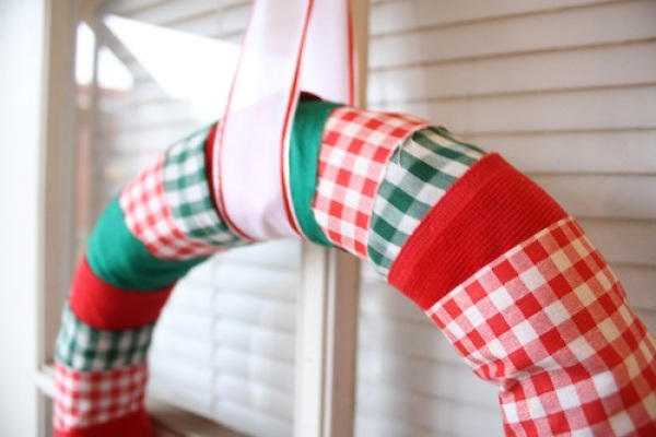 Do-It-Yourself Fabric Wreath
