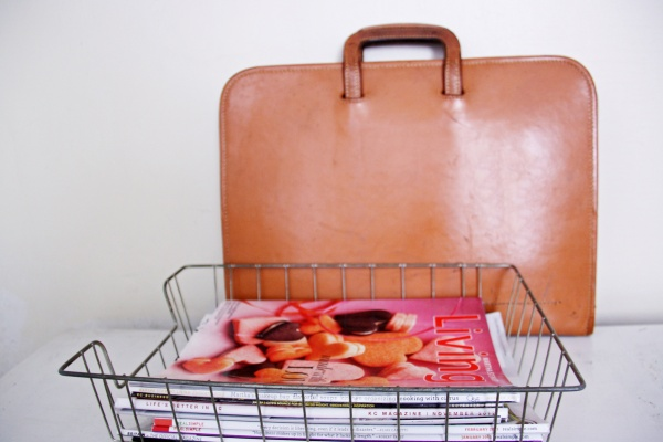 Vintage Briefcase | redleafstyle.com