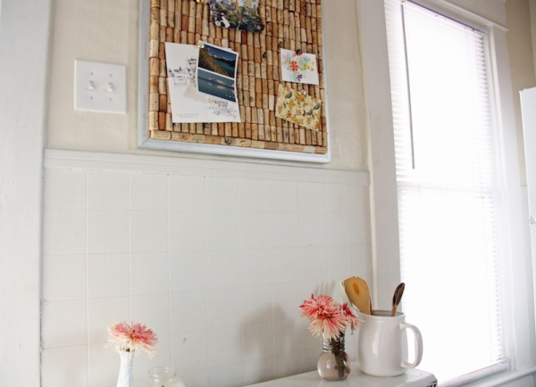 Wine Cork Bulletin Board   redleafstyle.com