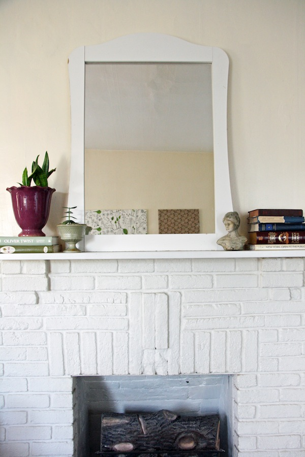 White mirror above fireplace | redleafstyle.com